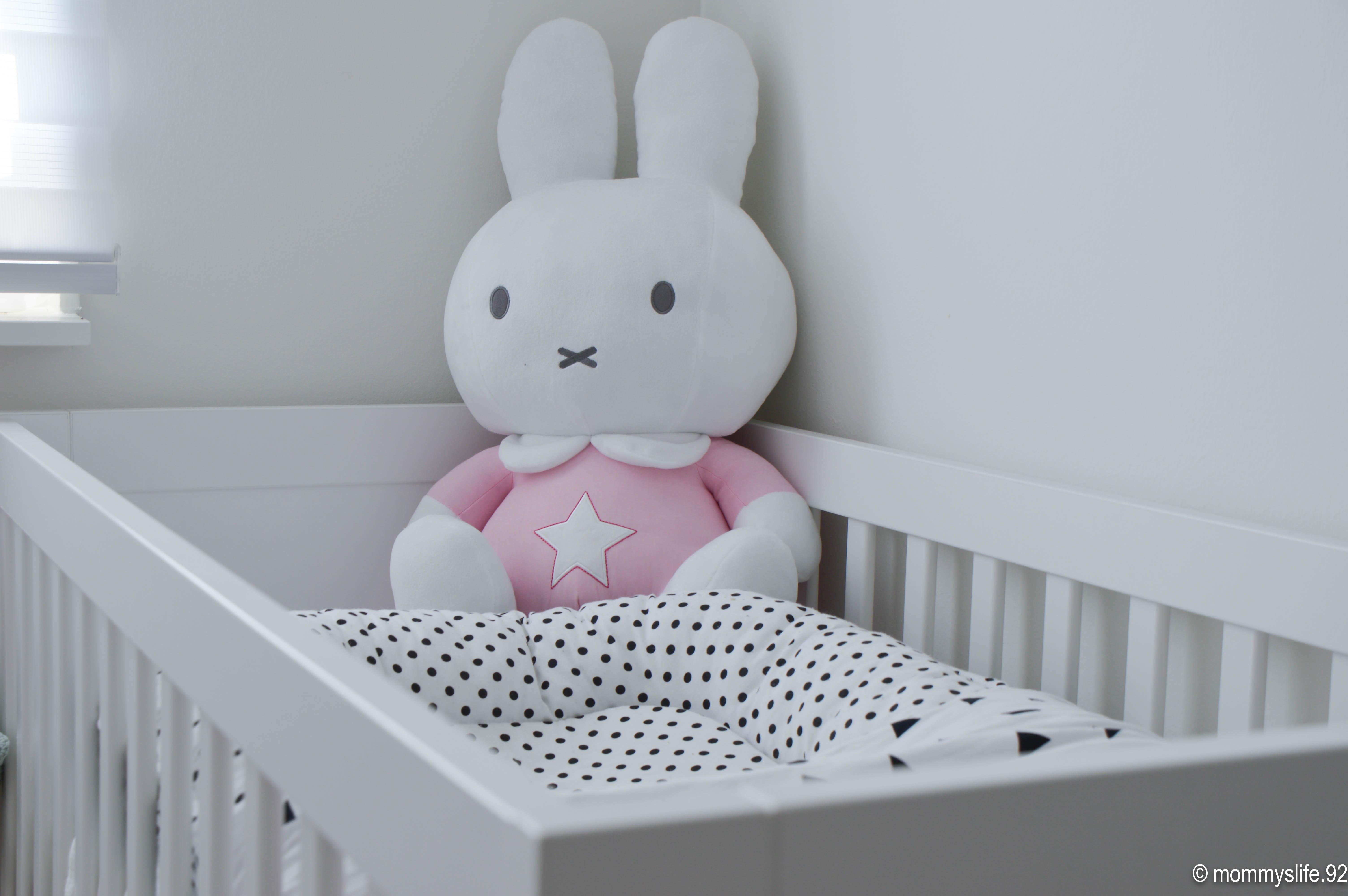 Vandaag een nieuwe binnenkijker mom jaimy deelt de babykamer - Volwassen kamer decoratie model ...