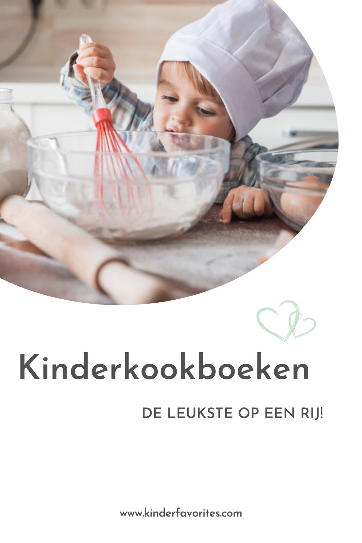 Meisje dat kookt met kinderkookmuts. Wij delen onze favoriete kinderkookboeken
