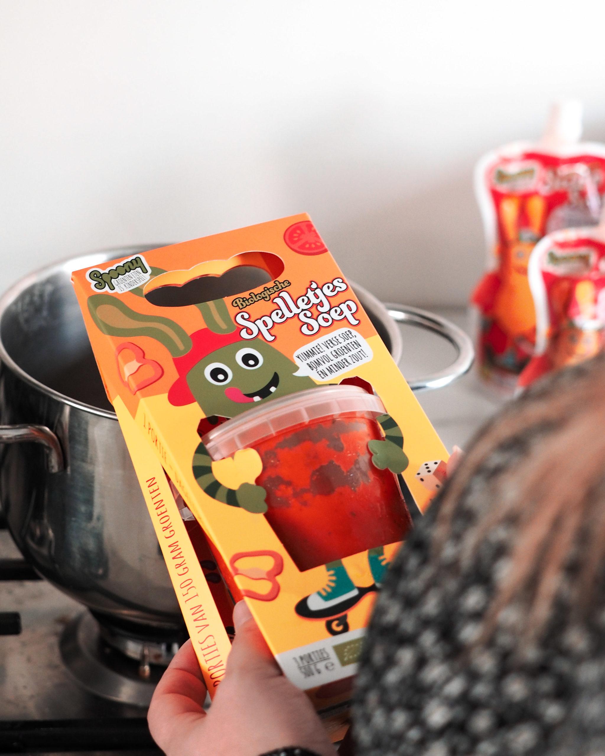 Dat niet alle kinderen goed groente eten is bekend. Spoony springt hier op in door op een speelse wijze de kinderen groente aan te bieden.. Wij delen onze ervaring bij Kinderfavorites.