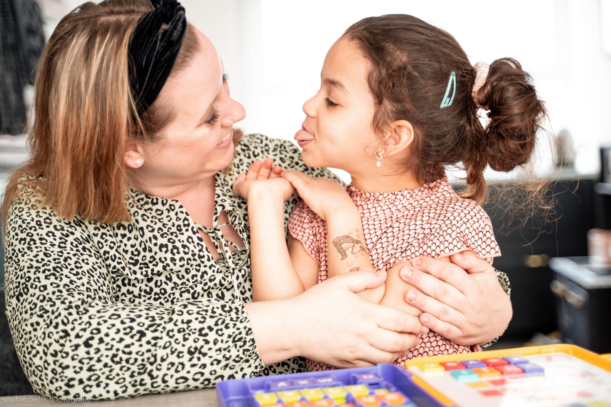 Tips voor schoolwerk tijdens het corona virus nodig? Vanilla deelt bij kinderfavorites tips voor onderwijshulp aan. Leuk voor ouders en kinderen.