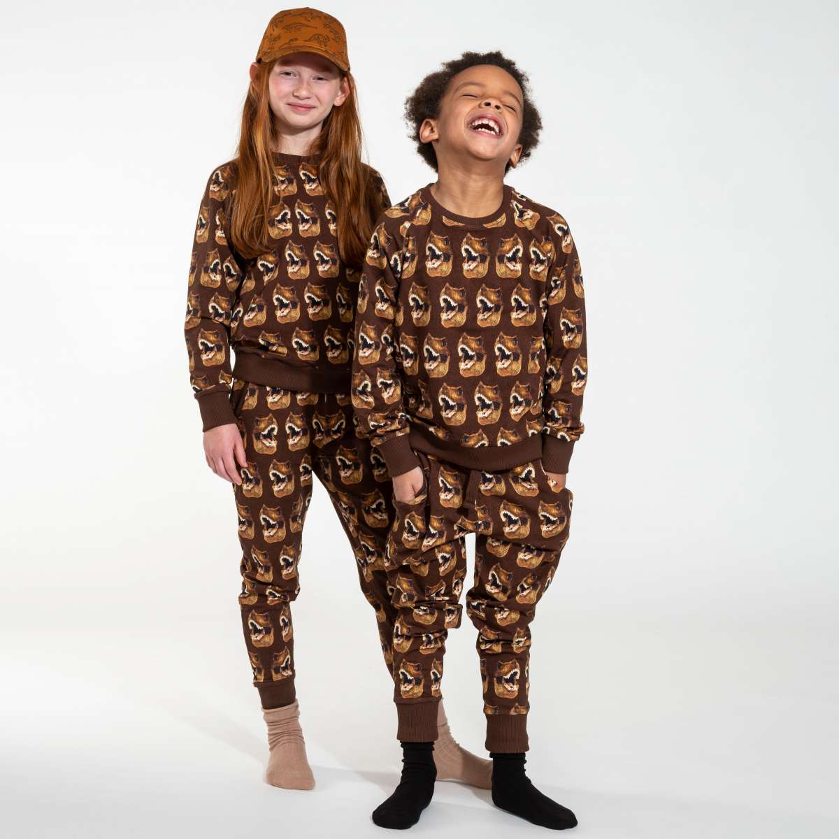 Bruine Dino pyjama van Snurk Amsterdam