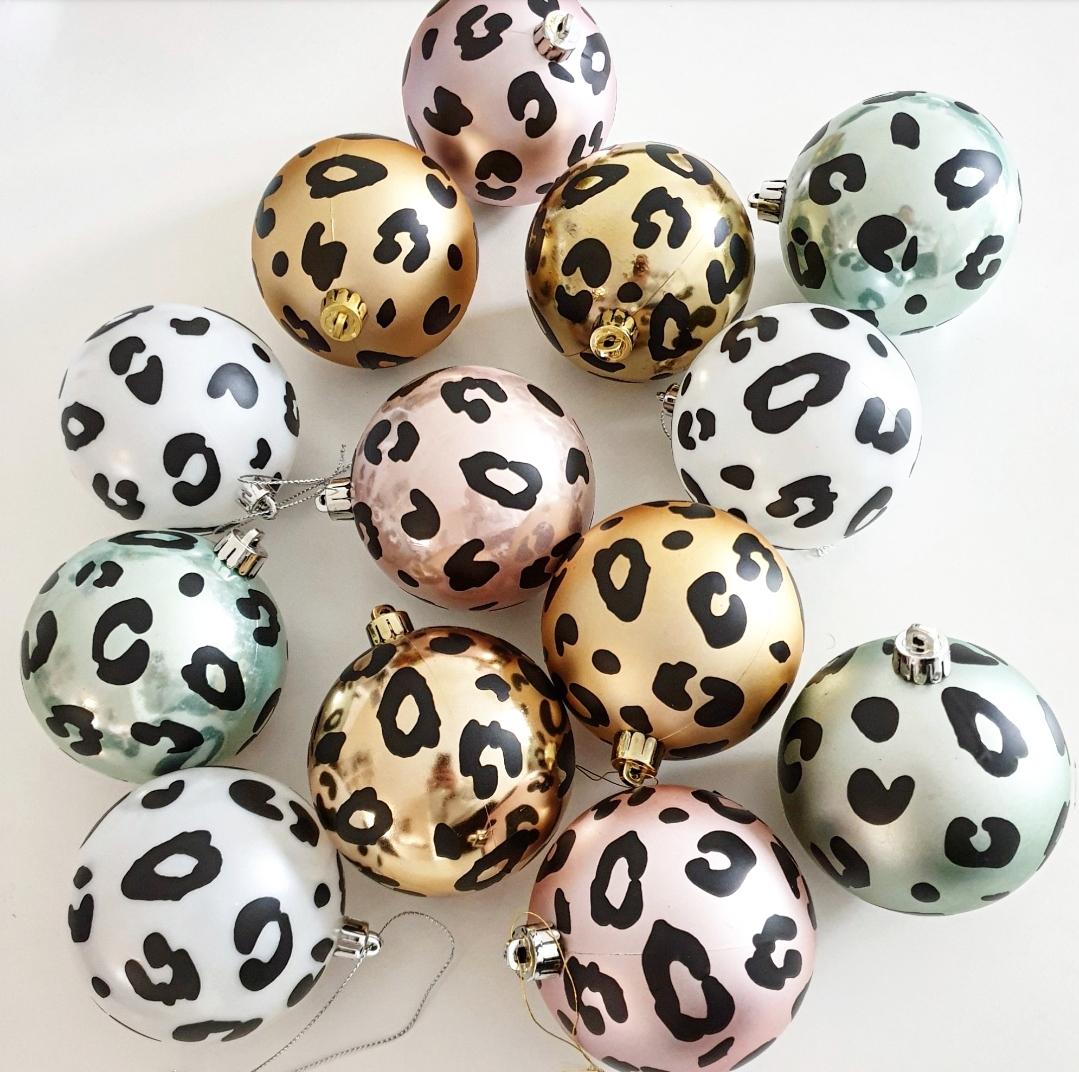 Koop de kerstballen bij Kinderfavorites