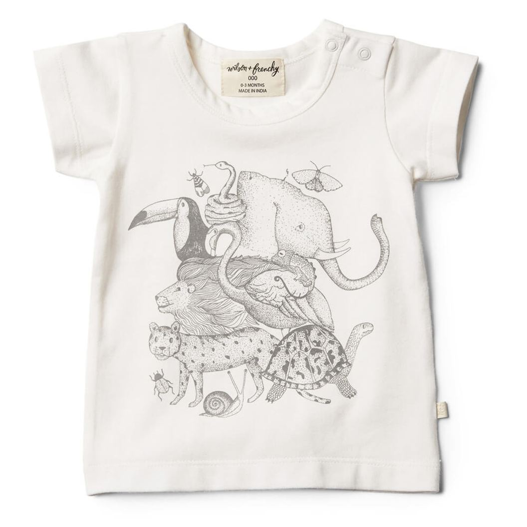 De hele jungle op je shirt. Superleuk animalia shirtje van Wilson & Frenchy.